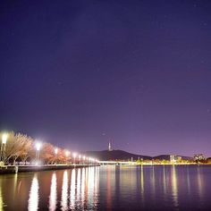 Canberra really is gorgeous at night! Thanks to Instagrammer travislongmore for sharing this photo