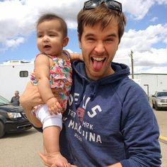 G-Dubbs Fan Page - Isabelle can't wait for summer fun with this dude! Heartland Quotes, Heartland Ranch, Ty Borden, Ty And Amy, Graham Wardle, Amber Marshall, Summer Fun, Actors, Netflix