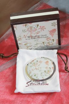 Stratton of England Country Diary of An Edwardian Lady Powder Compact.  Presented in Original Gift Box by AtticBazaar on Etsy