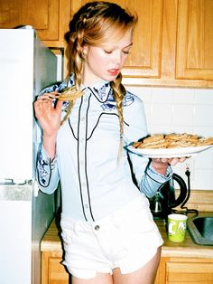 One fashion editor's true story about struggling with an eating disorder