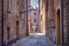 Foto: Medieval City of Ferrara in HDR, Italy - Emilia Romagna