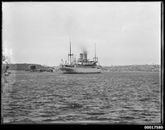 SS NIEUW HOLLAND passing Fort Denison, Sydney Harbour | Flickr - Photo Sharing!