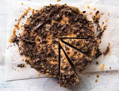 Quick and Easy Chia Mousse Cake. Simple, delicious and free from gluten, grains, dairy, egg and refined sugar. Enjoy.