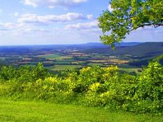 Auction item 'Weekend Mountain Getaway in Sewanee, TN' hosted online at 32auctions.