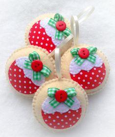Figgy Pudding Felt Christmas Decoration