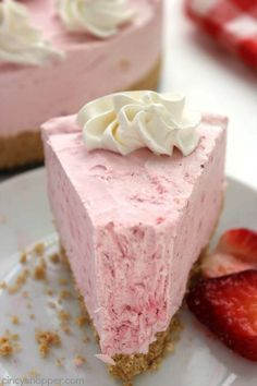 No Bake Strawberry Cheesecake -Made with fresh strawberries. No baking involved and so easy. Looks and tastes AMAZING!
