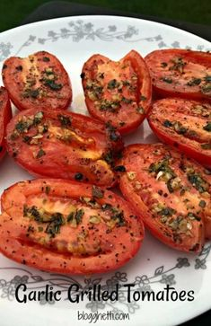 Studio workouts grilled tomatoes, growing tomatoes, tomato p… - Modern Grilled Fruit, Grilled Vegetables, Bbq Vegetables, Veggies On Grill, Gourmet Recipes, Cooking Recipes, Healthy Recipes, Garlic Grilled Tomatoes, Plancha Grill