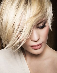 A medium blonde straight coloured Layered Womens hairstyle by Franck Provost