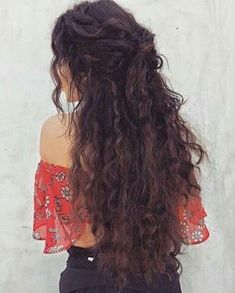 Long Center Parting Fluffy Corn Hot Wavy Synthetic Wig A hairstyle, hairdo, or haircut refers to the Curly Hair Styles Easy, Short Hair Styles, Hair Styles For Long Hair For School, Pretty Hairstyles, Easy Hairstyles, Long Curly Hairstyles, Long Haircuts, Wedding Hairstyles, Hairstyle Ideas