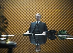 Gary Oldman as George Smiley in Tinker Tailor Soldier Spy Mark Strong, Colin Firth, Gary Oldman, Movie Shots, Movie Tv, George Smiley, Tinker Tailor Soldier Spy, Taupe, Edna Mode