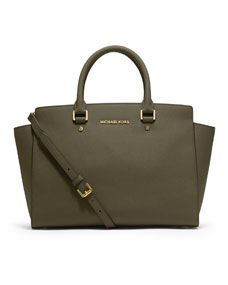 Celebrities who wear, use, or own MICHAEL Michael Kors Large Selma Top-Zip Satchel. Also discover the movies, TV shows, and events associated with MICHAEL Michael Kors Large Selma Top-Zip Satchel. Michael Kors Selma, Cabas Michael Kors, Michael Kors Outlet, Handbags Michael Kors, Cheap Handbags, Cheap Bags, Purple Handbags, Sergio Rossi, Mauve