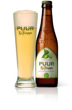 La Trappe PUUR / PUUR van La Trappe is een doordrinkbaar, fris-hoppig, licht Trappistenbier. Bij het brouwen van dit bier zijn uitsluitend hoogwaardige, biologische ingrediënten gebruikt. De receptuur is geboren uit de combinatie van een continu streven naar topkwaliteit en een passionele toewijding aan bier, altijd met respect voor mens en natuur.