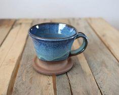 Ehi, ho trovato questa fantastica inserzione di Etsy su https://www.etsy.com/it/listing/517420271/pour-over-coffee-cone-in-pacific-blue