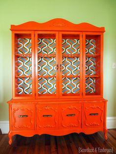 Love this orange hutch!!