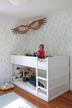 DIY Taiga stencil with kids with Ikea bunk bed painted white Modern Bunk Beds, Cool Bunk Beds, Kids Bunk Beds, Kura Ikea, Ikea Bunk Bed Hack, Loft Spaces, Kid Spaces, Girl Room, Girls Bedroom