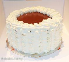 Caramell cream cake