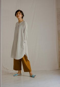 Minimal Outfit, Minimal Fashion, Stylish Summer Outfits, Casual Outfits, Linen Dress Pattern, Modest Fashion, Fashion Outfits, Modest Wear, Street Style