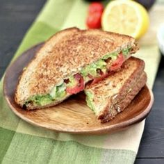 Cheddar Avocado Grilled Cheese | http://www.bakeyourday.net/white-cheddar-grilled-cheese-avocado-tomato/print/