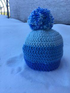 """Originální+zimní+kulich+""""Shades+of+blue""""+Staňte+se+pánem+hor+s+tímto+originálním+zimním+kulichem.+Čepice+je+opatřena+vnitřní+podšívkou+pro+udržení+tepla+i+ve+velmi+chladném+počasí."""
