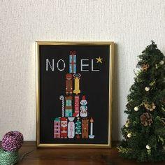 Christmas motifs tree  http://chocobanana.littlestar.jp/shop/archives/856  designed by Chie Hiraizumi