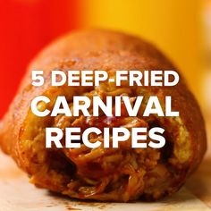 5 Deep-Fried: Fried ice cream, fried mac and cheese, fried hot dog. Tasty Videos, Food Videos, Fried Hot Dogs, Fried Mac And Cheese, Carnival Food, Carnival Recipe, Carnival Eats Recipes, Antipasto, I Love Food