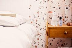 Sur mon blog beauté, Needs and Moods, je vous donne mes astuces pour bien dormir! Brumes d'oreiller, huiles essentielles, je vous parle de mes produits chouchous!  http://www.needsandmoods.com/astuces-trouver-sommeil-plus-facilement/  #sommeil #sormir #sleep #astuces #revue #BienEtre #Blog #BlogBeauté #Beauty #BeautyBlog  #BeautyBlogger #BBlogger #BBlog #FrenchBlogger #chambre #lapin #déco #décoration #vintage #hitier #chevet