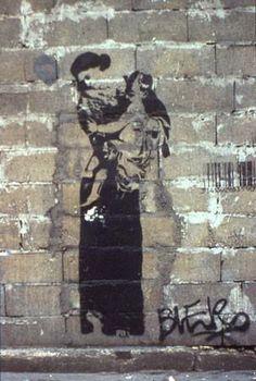 Blek le Rat street artist and art .ch/… Bllek le Rat street artist and art. Stencil Graffiti, Stencil Art, Stencils, Blek Le Rat, Beaux Arts Paris, Best Street Art, Street Graffiti, Street Artists, Banksy