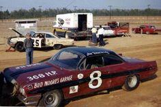 Joe Weatherly with Bud Moore's Pontiac, might be Myrtle Beach Nascar Crash, Nascar Race Cars, Old Race Cars, Dirt Racing, Auto Racing, Late Model Racing, Vintage Race Car, Car And Driver, Corvette