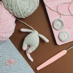 amigurumi pattern Make this sweet little crochet mouse to give to your little one. To create this toy you will need YarnArt Jeans yarn and mm crochet hook. Crochet Mouse, Crochet Teddy, Crochet Bear, Crochet Dolls, Easy Knitting Projects, Crochet Projects, Crochet Amigurumi Free Patterns, Free Crochet, Crocheting Patterns