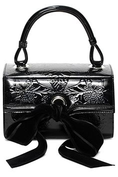 Alexander McQueen - Women's Clutches - 2014 Fall-Winter - Uploaded by ShazB