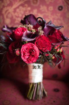Lovely bordeau bouquet by Flora-Nova-Design-Seattle #red #bordeau #bouquet