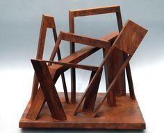Exposición de esculturas abstractas