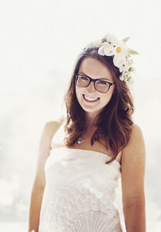 Wedding Makeup Tips for Brides With Glasses