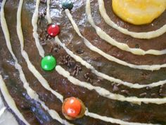Solar system brownies ~ between this & the cookie moon phases, we'll be eating our way through studying space!