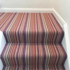This striped carpet is our deco loop carpet and looks stunning on this staircase Stairs Landing Carpet, Striped Carpet Stairs, Striped Carpets, Carpet Staircase, Hallway Carpet, Hallway Flooring, Stair Landing, Hallway Inspiration, Hallway Ideas