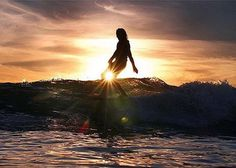 Friday afternoon vibes✌via #SurflineLocalPro @robbwilson_photo & @martincabada // See more on @surflinelocalpro