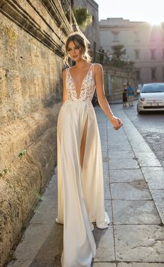 Effortlessly Chic 2018 MUSE by Berta Wedding Dresses - MODwedding de noche Debenhams Wedding Dress, Sexy Wedding Dresses, Bridal Dresses, Sheer Wedding Dress, Dresses Elegant, Beautiful Dresses, Buy Dresses Online, Applique Dress, Dream Dress