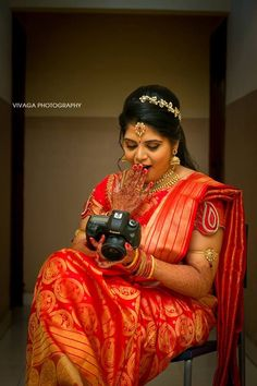 Picture from Vivaga Photography Photo Gallery on WedMeGood. Browse more such photos & get inspiration for your wedding Wedding Art, Plan Your Wedding, Wedding Blog, Wedding Planner, Photography Logo Design, Photography Photos, Wedding Photography, South Indian Bride, Beautiful Curves