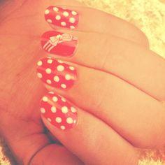 Retro Minnie Mouse Nails! Minnie Mouse Nails, Print Tattoos, Retro, Beauty, Retro Illustration, Beauty Illustration
