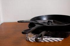 square pan & hot pad
