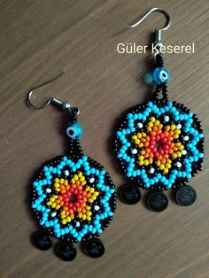 Seed Bead Patterns, Beaded Jewelry Patterns, Beading Patterns, Beaded Earrings, Crochet Earrings, Beard Jewelry, Bead Loom Designs, Mexican Jewelry, Seed Stitch