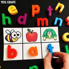 Short vowel word family games
