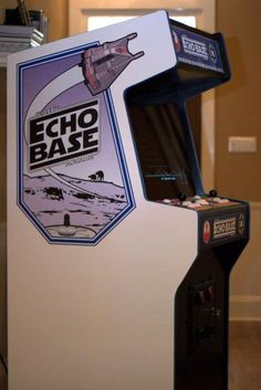 Echo Base arcade