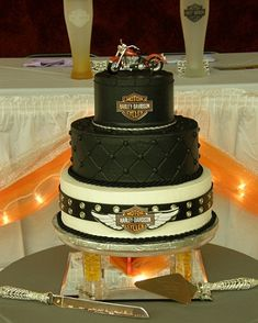 Harley Davidson Wedding Cakes   Would also  make a great birthday cake