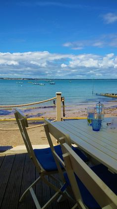The Salamander Needles Isle of Wight Boat Trip Adventure - Departures from Lymington, a charming Georgian Town with cobbled streets, sailing down the Lymington River and the Solent towards the Needles at the westernmost point of the Isle of Wight, before returning to drop anchor in Colwell Bay for lunch, or dinner if you prefer, at The Hut, with great food and exceptional views across Christchurch Bay.  Details http://www.thesalamandersailingadventure.com/hut-colwell-bay-islewight-boat-trip