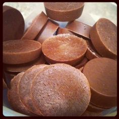 Peanut butter cups made with whey protein, natural peanut butter, water, and cocoa powder! I am addicted to whey protein and peanut butter! I make home made peanuts butter cups almost once a month!💕