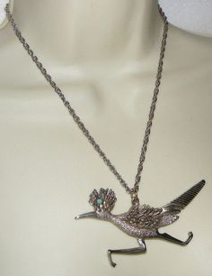 Vintage Big roadrunner Bird Pendant NECKLACE costume figural ROAD RUNNER