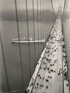 the Golden Gate Bridge on opening day, 1937