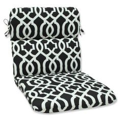 Pillow Perfect Outdoor/ Indoor New Geo Black/White Rounded Corners Chair Cushion