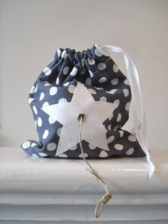 Diy and Crafts – Diy and Crafts Hobbies For Kids, Hobbies And Crafts, Diy For Kids, Sewing Hacks, Sewing Projects, Diy Projects, Fabric Tote Bags, One Bag, Textiles